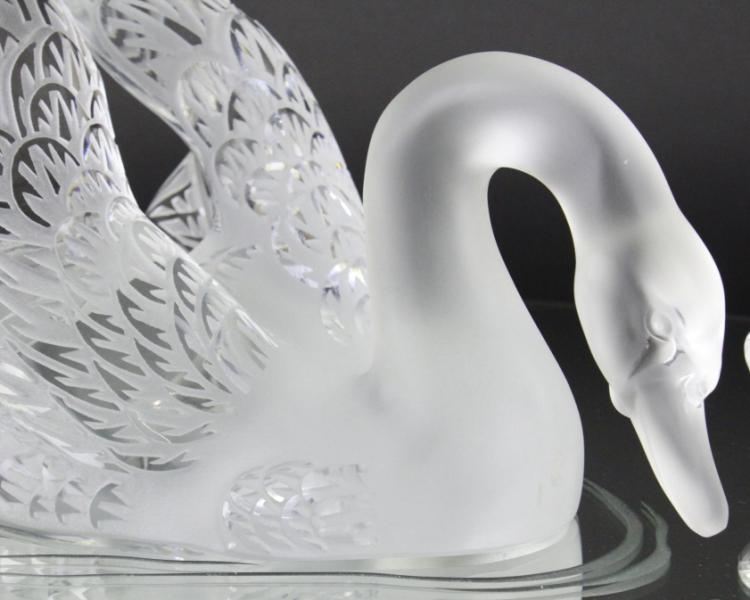 Pair Of Lalique Crystal Art Glass Swans W Mirror
