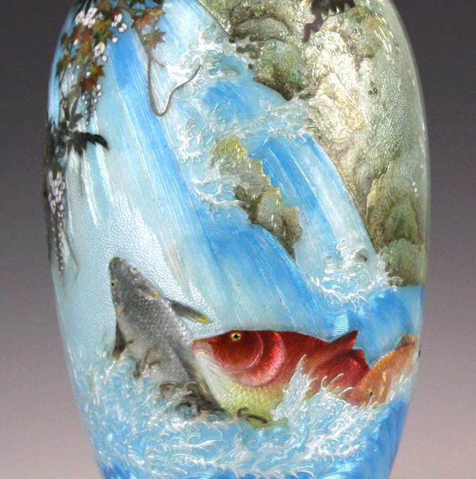 Moriage enamel koi fish vase by kumeno teitaro for Koi fish vase