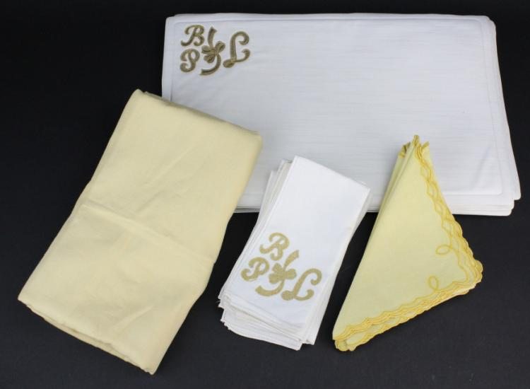 Embroidered Linen Napkin & Place Mat Set from Morris Lapidus Estate