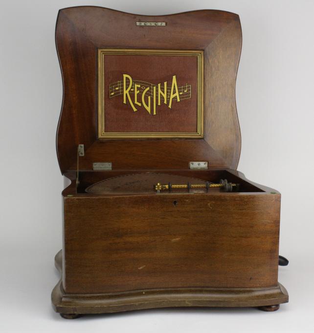 Antique Mahogany REGINA Disk Music Player Box w/ 35 extra Disc WORKING