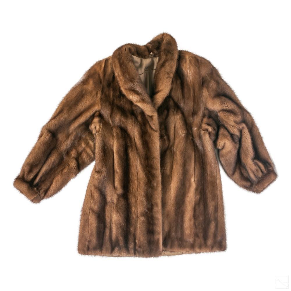 Ladies Luxurious Designer Chocolate Mink Fur Coat