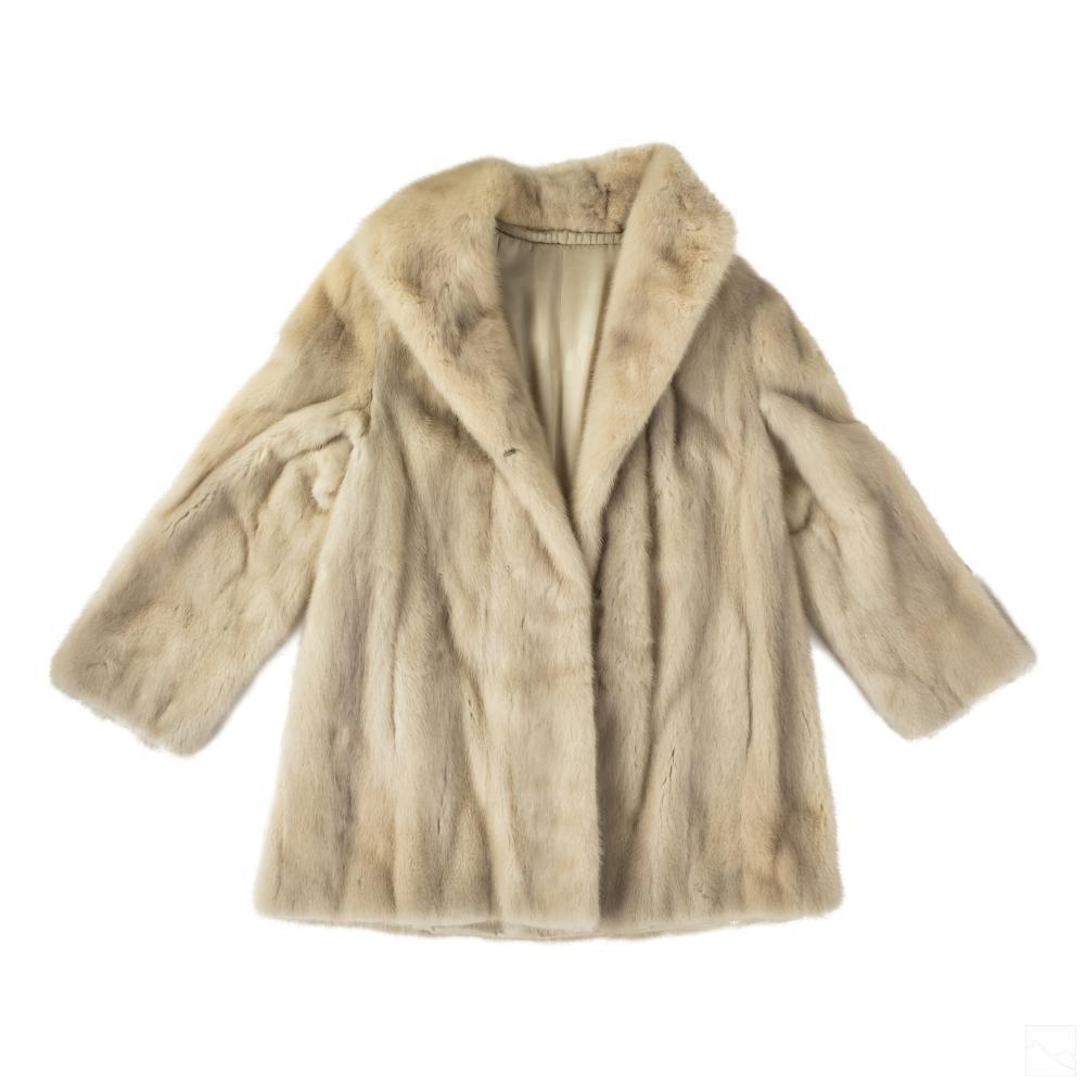 Ladies Luxury Designer Winter White Mink Fur Coat