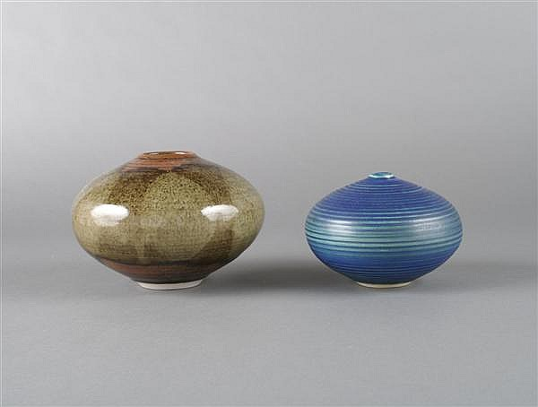 Two Stoneware Vases, Vivika and Otto Heino (American, 1910-1995, b. 1915), Height of tallest 5 inches.