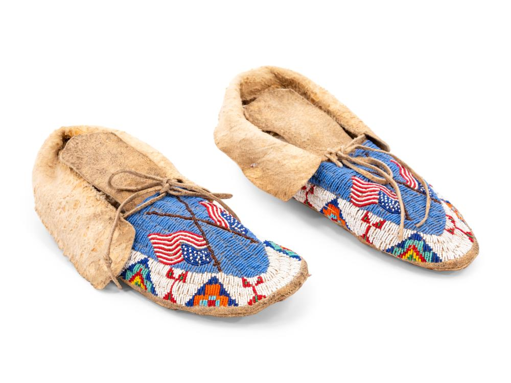 Sioux Beaded Hide Moccasins, with American Flag