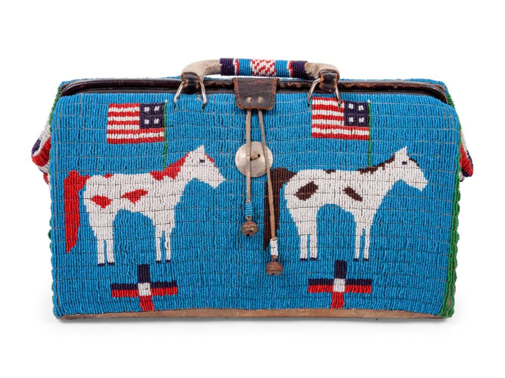 """Sioux Beaded """"Doctor's Bag"""", with American Flags and Pinto Ponies"""