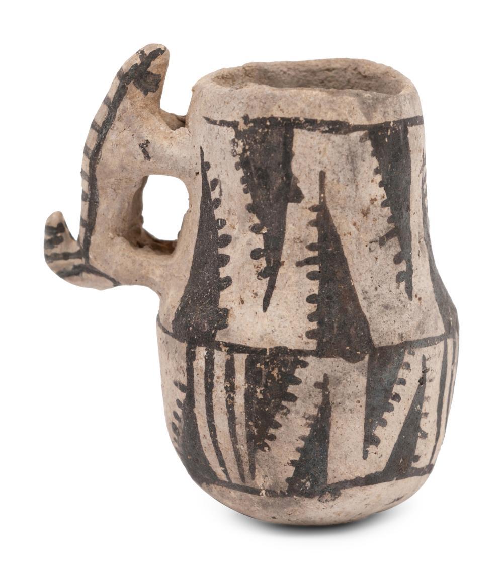 Anasazi Black-on-White Miniature Pottery Mug, with Skunk Handle
