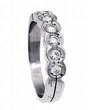 Brillant-Ring WG 585/000 mit 5 Brillanten, zus. 0,50 ct TW/VVS, RG 57, 4,5 g