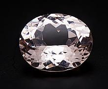 Morganit 9,01 ct oval fac. in excellenter Farbe und Reinheit