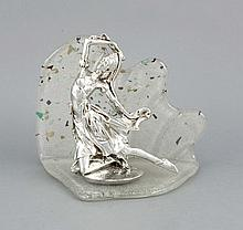 Tänzerin, 20. Jh., plated, auf ovalem Sockel, sign. A. Blecci, auf gebogener Glasplatte montiert, klares Glas mit zahlreichen eingeschlossenen Luftblasen und polychromem Einschmelzungen, H. 22,5 cm