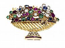 Multicolor-Brillant-Blumenkorb-Brosche GG 750/000 mit rund fac. Smaragden, Rubinen, Saphiren, fac. Rubincarrees in sehr guten Farben und Brillanten, zus. 0,50 ct TW-W/VS-SI, L. 42 mm, 13,5 g, hochwertige Goldschmiedearbeit