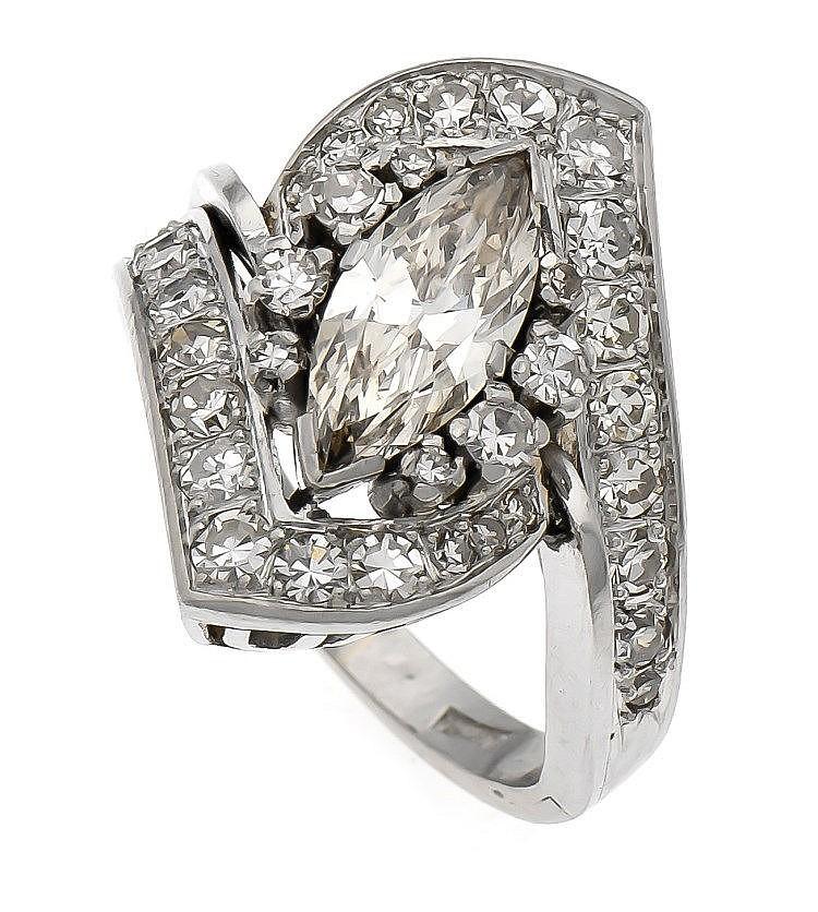 brillant ring platin mit einer diamant navette 1 10 ct get n. Black Bedroom Furniture Sets. Home Design Ideas