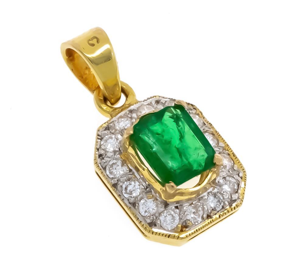 Emerald diamond pendant GG 75