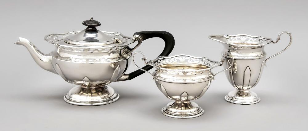 Three-piece tea centre piece,