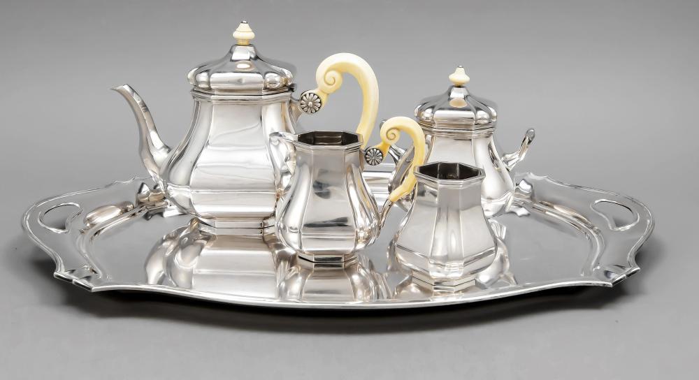 Three-piece tea centre piece