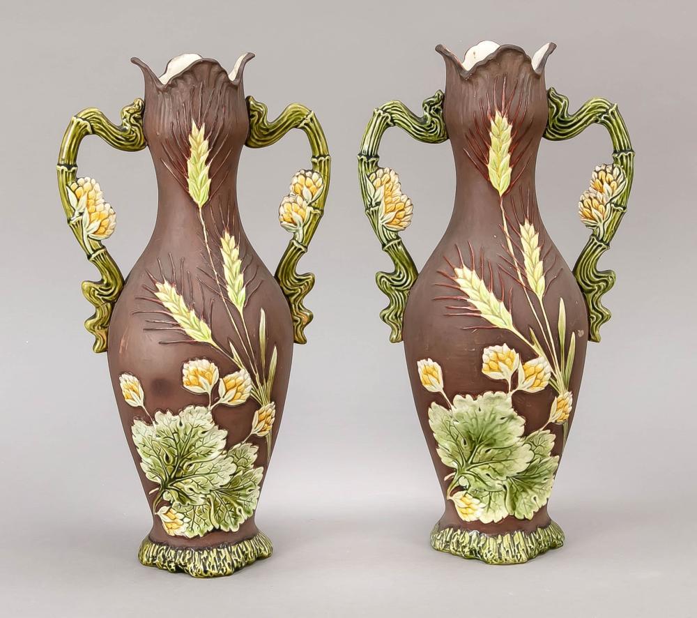 Pair of Art Nouveau vases, 20t