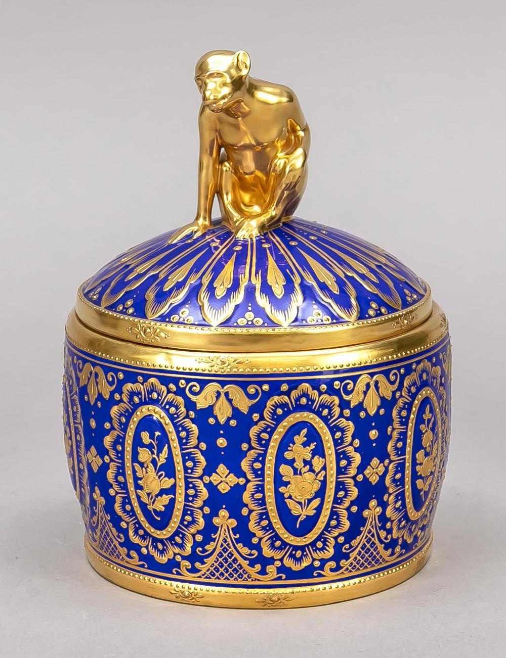 Round lidded box, Ambrosius La