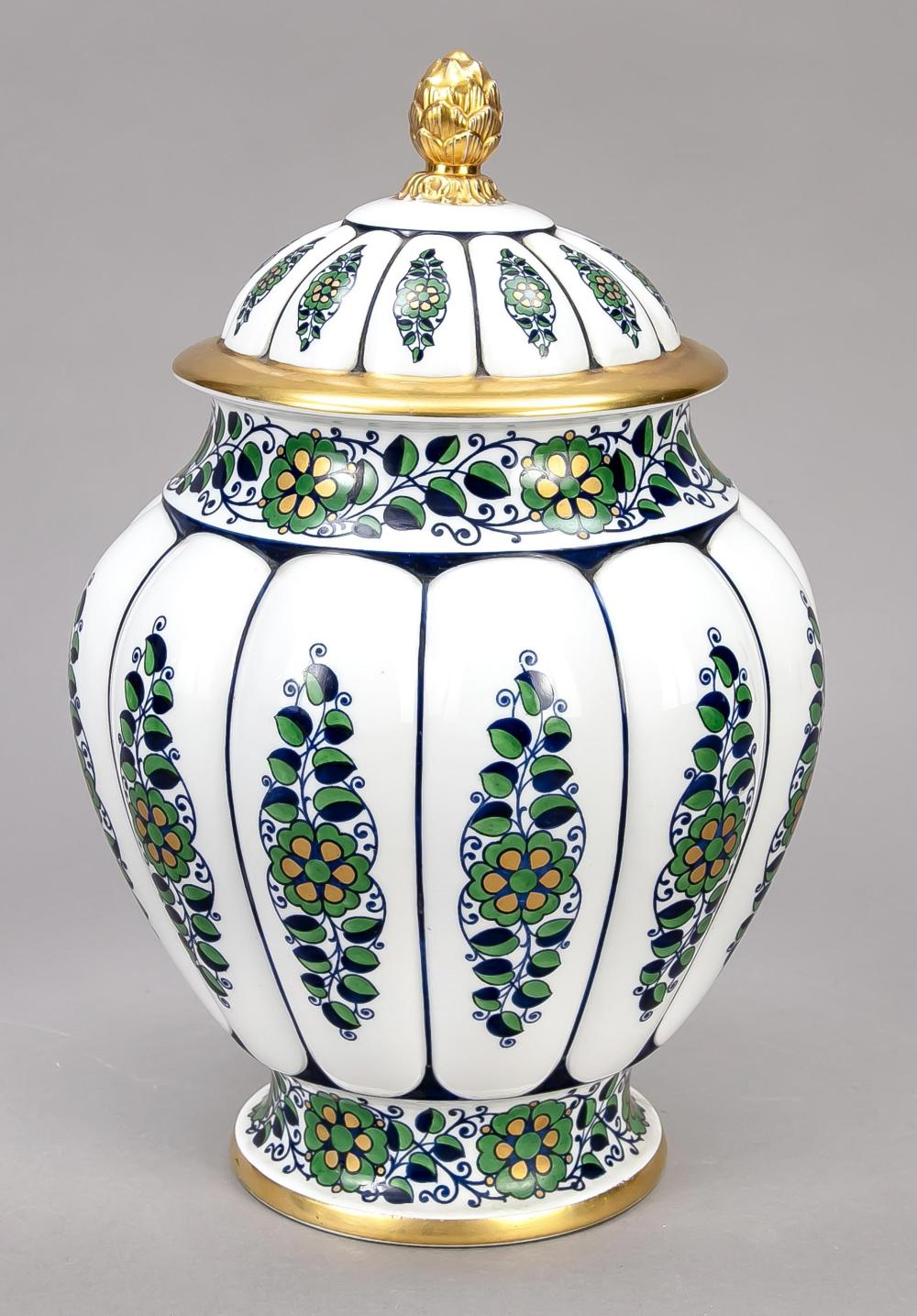 Art Deco lidded vase, Krauthei
