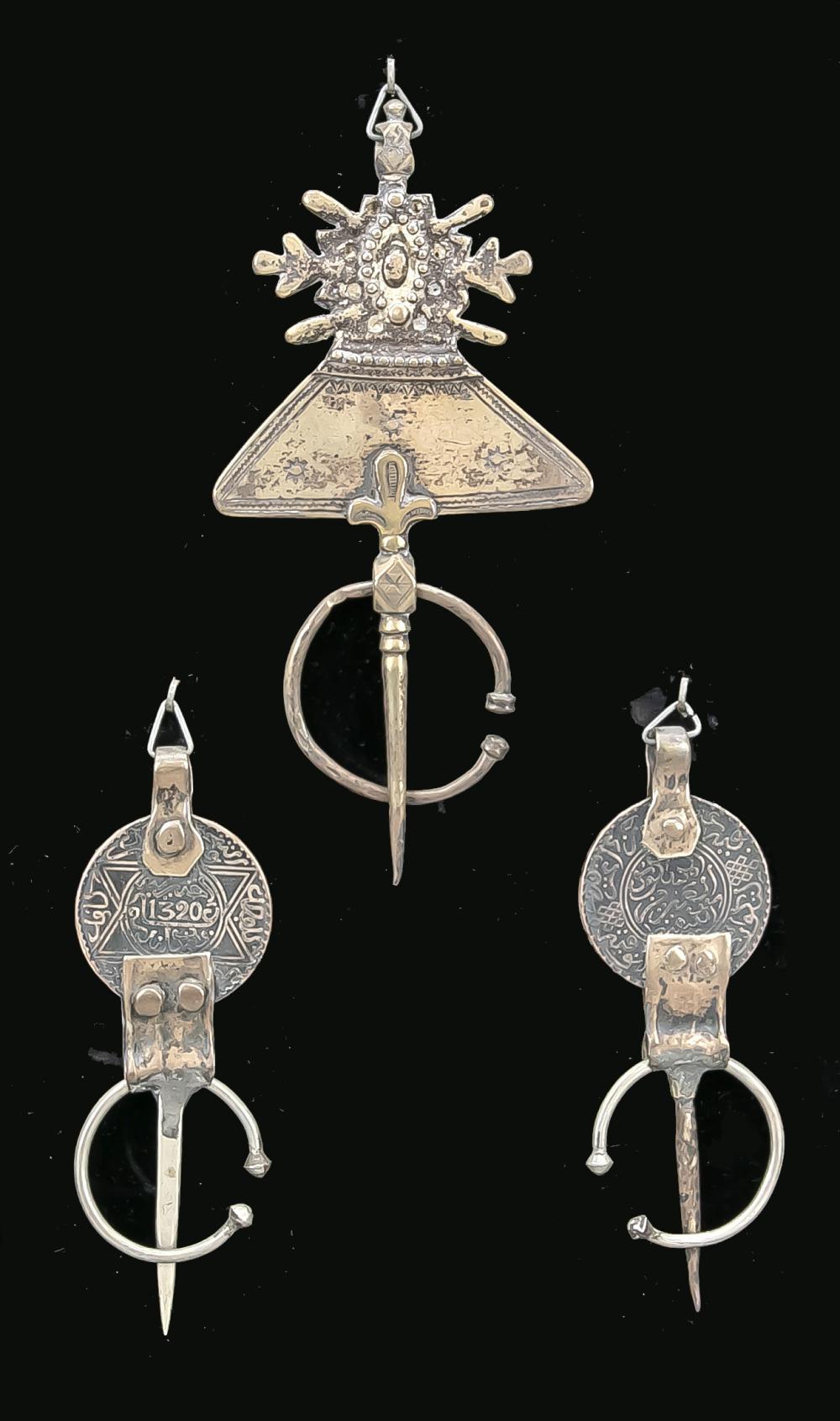 3 dress fiddles, North Africa (pr