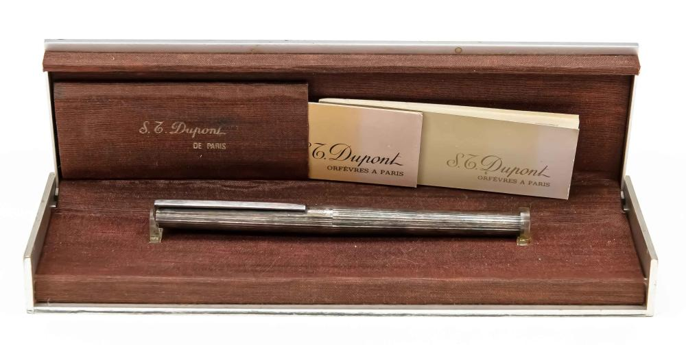 St. Dupont cartridge fountain pen