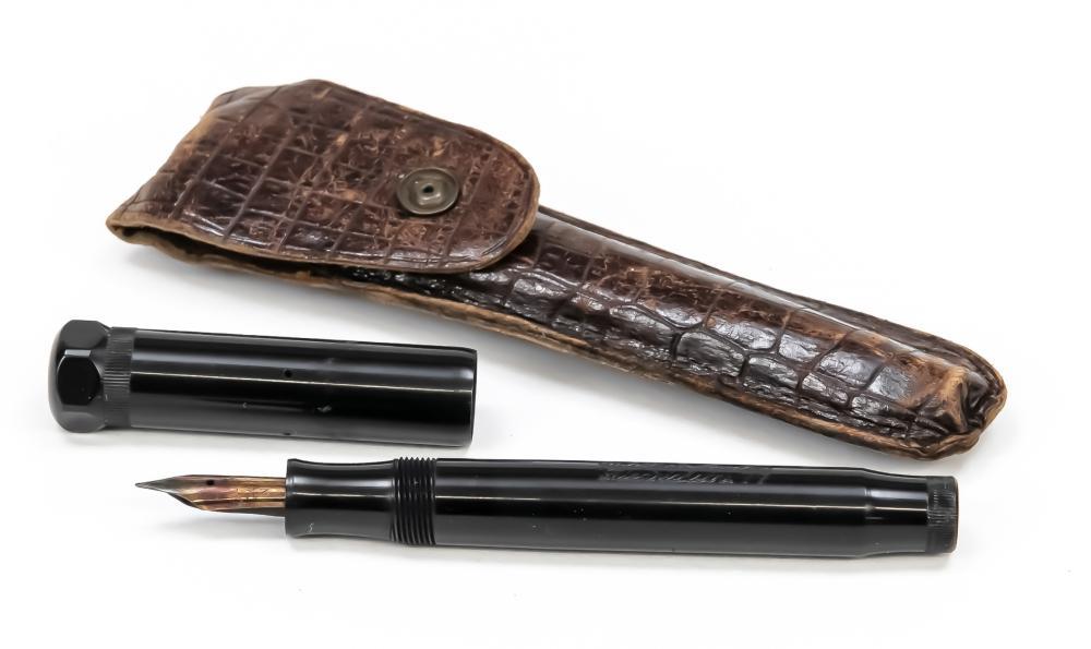 Goldfink piston fountain pen, mid