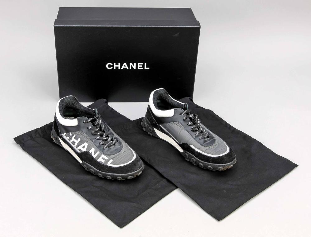 Chanel, men's sneaker, differe