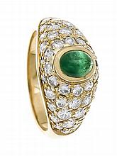 Smaragd-Brillant-Ring GG 750/000 mit feinen Smaragdcabochon 5 x 4 mm in gut