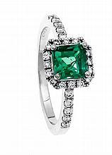 Smaragd-Brillant-Ring WG 750/000 mit einem excellenten fac. Smaragd 5 mm in