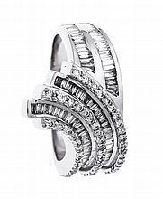Brillant-Ring WG 750/000 mit 76 Diamant-Baguettes, zus. 0,71 ct und 50 Bril