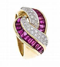 Rubin-Brillant-Ring GG/WG 750/000 mit fac. Rubinbaguettes in guter Farbe un