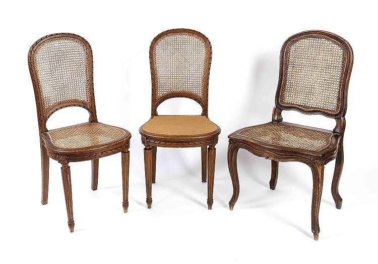 ovaler esstisch mit 6 dazu passenden st hlen eiche und nussb. Black Bedroom Furniture Sets. Home Design Ideas