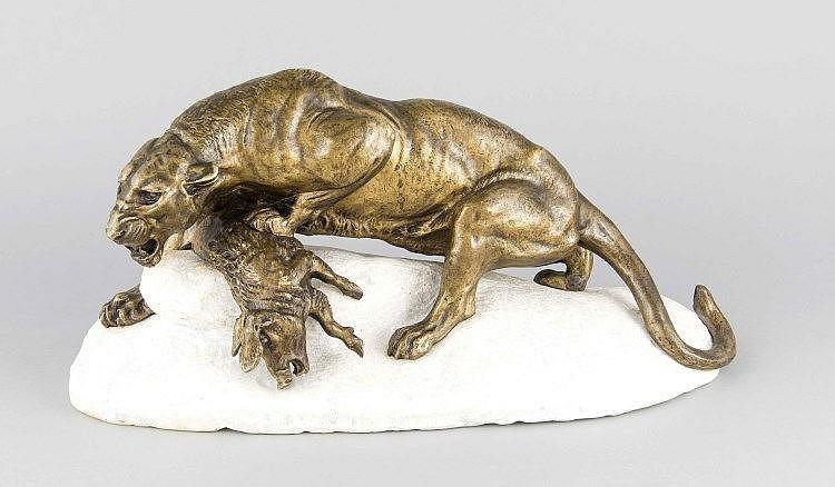 Charles Masson (1822-1894), frz. Tierbildhauer, Panther mit erlegtem Wildschwein, patinierte Bronze auf orig. Marmorplinthe, darin sign. 'C. Masson', 43 x 21 x 17 cm