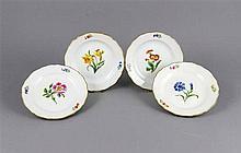 Vier Dessertteller, Meissen, Marke nach 1934, 1. W., Form Neuer Ausschnitt,