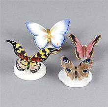 Vier Schmetterlinge, 20. Jh., 3 Figuren, Rosenthal, 1920er Jahre, 1 mit Chi