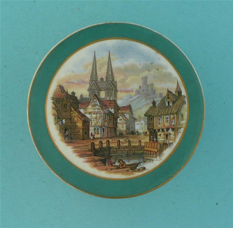 Street Scene on the Continent (336B) green border, buff and gilt scroll fla
