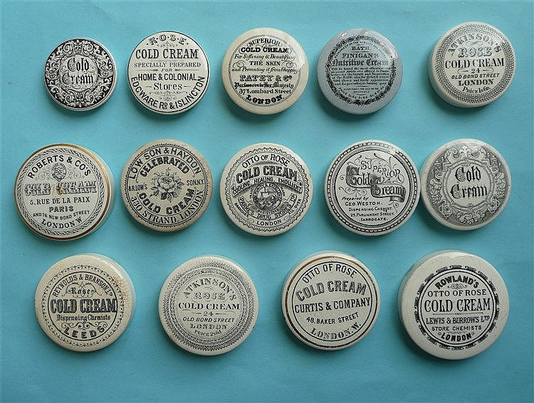 Fourteen various cold cream lids (14) pot lid, pot lids, potlid, potlids