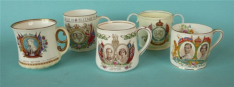 1937 Coronation: four mugs and a small loving cup (5)    commemorative, com