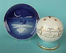 1969 Moon Landing: an Aynsley globe and a Royal Copenhagen plate (2)    com