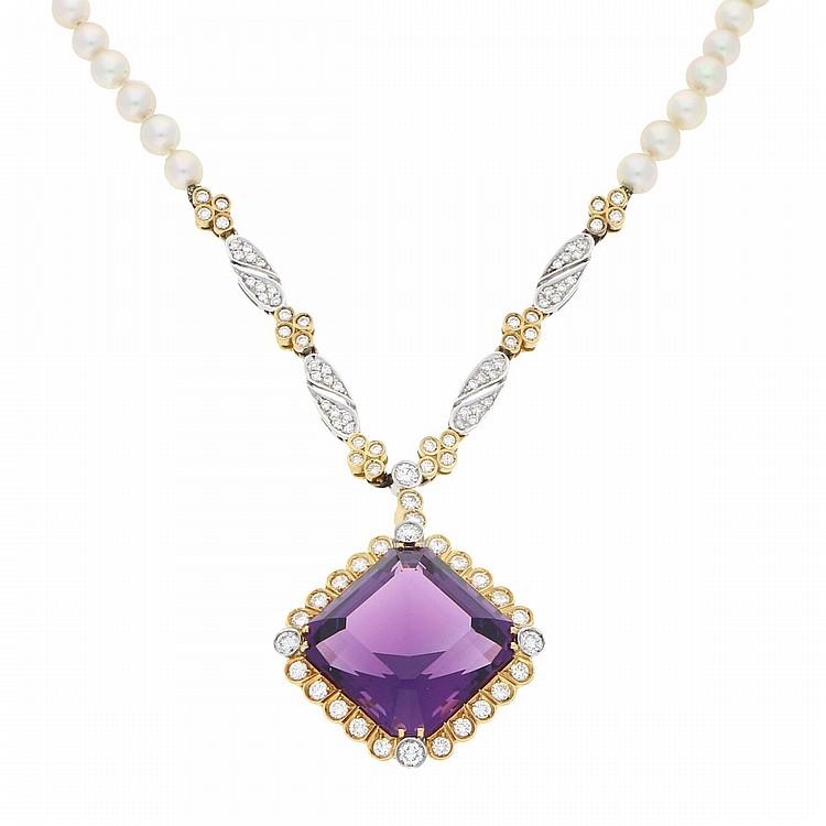 18K Yellow Gold and White Gold Amethyst and Brilliant Necklace containing Cultured Pearls | Amethyst-Collier aus 750er Gelbgold  Brillanten und Zuchtperlen