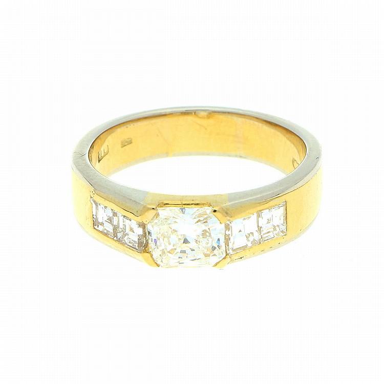 18K Yellow Gold and White Gold Ring | Ring aus 750er Gelb- und Weißgold