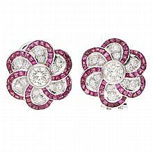 Ruby Diamond Earrings - Platinum | Paar Platinohrringe mit Brillanten und Rubinen