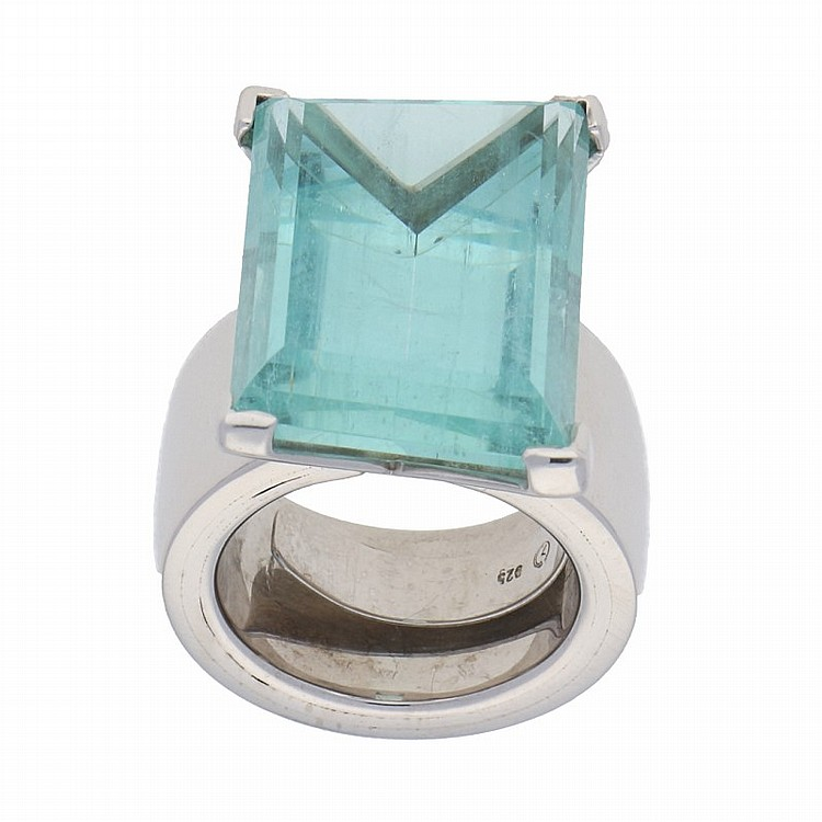 Silver Aquamarine Ring   Handarbeitsring mit Aquamarin in Silber