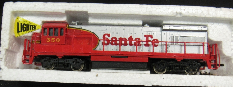 Vintage Ho Scale Bachmann Santa Fe 350 Diesel Locomotive Ec
