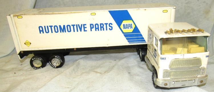 Napa Tractor Parts : Nylint napa auto parts tractor trailer truck quot l ec the
