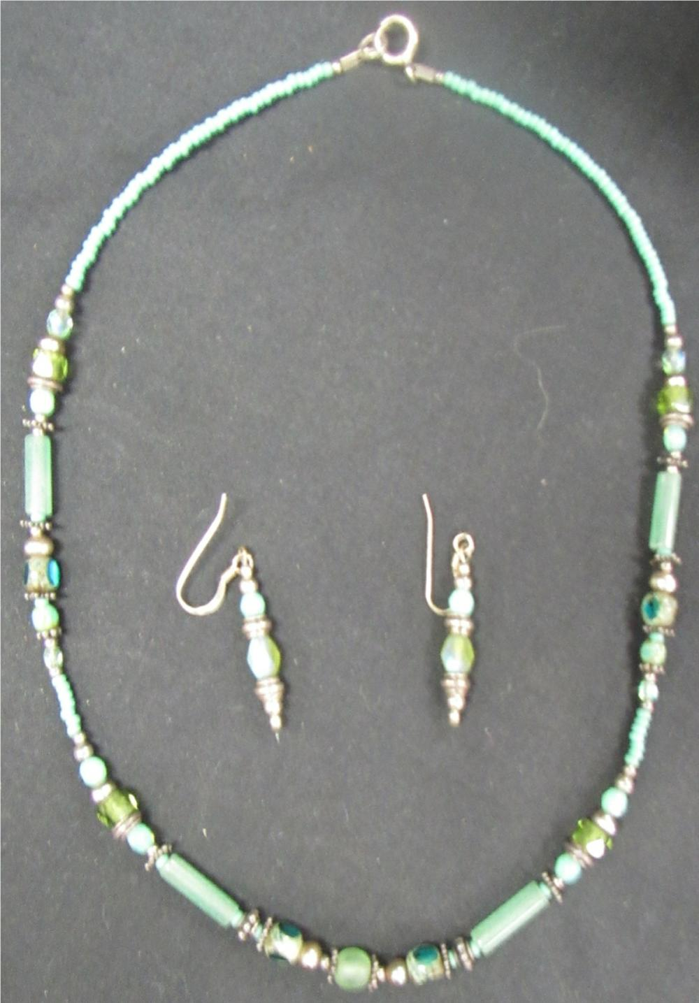 "Turquoise and Silver Necklace 16"" and Earrings 1"" Drop, EC"