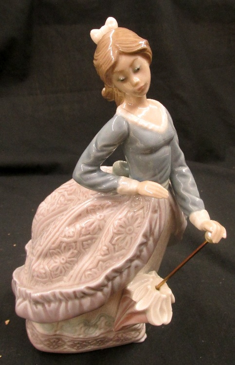 Lladro 5212 Evita Girl With Parasol Umbrella Daisa 1983 R