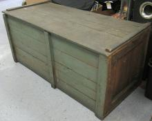 Antique Primitive Crate/Box, All Responsibility for Shipping will be the Successful Bidder. You must arrange for pickup directly or by a shipper within 7 days after sale.