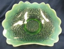 "Lot 20: Jefferson Green Opalescent Many Loops Tri-fold Novelty Bowl, 7 1/2"" x 4"", Small Flake, as shown, EC"
