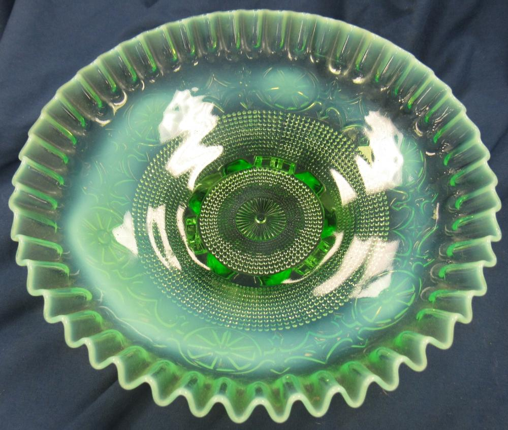 """Lot 120: Antique Jefferson Wheel green opalescent glass dish footed Bowl,8 1/2""""D x 3 """"H, EC"""