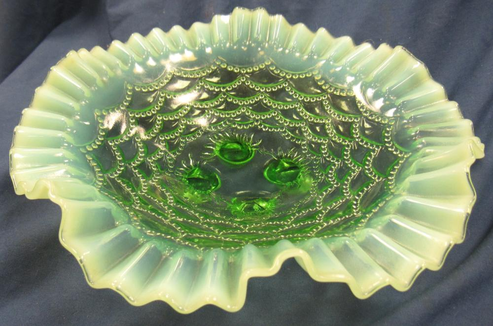"""Northwood Beaded Drapes Bowl Green Opalescent Early American Pattern Glass 1905, 8 1/2"""" Dia., Footed, EC"""