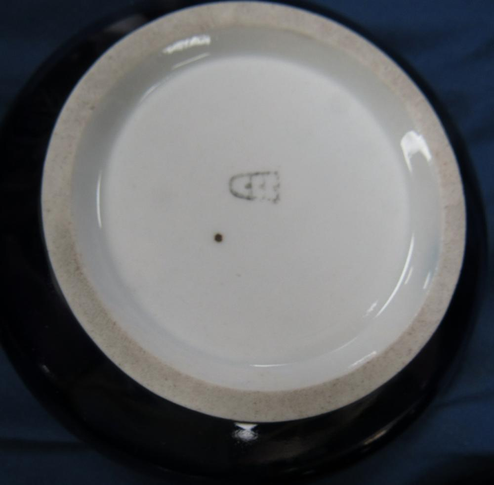 "Lot 85: Antique Royal Vienna Porcelain Trinket Box Beehive Mark, 4 1/2"" Dia x 2 1/4""H, EC"